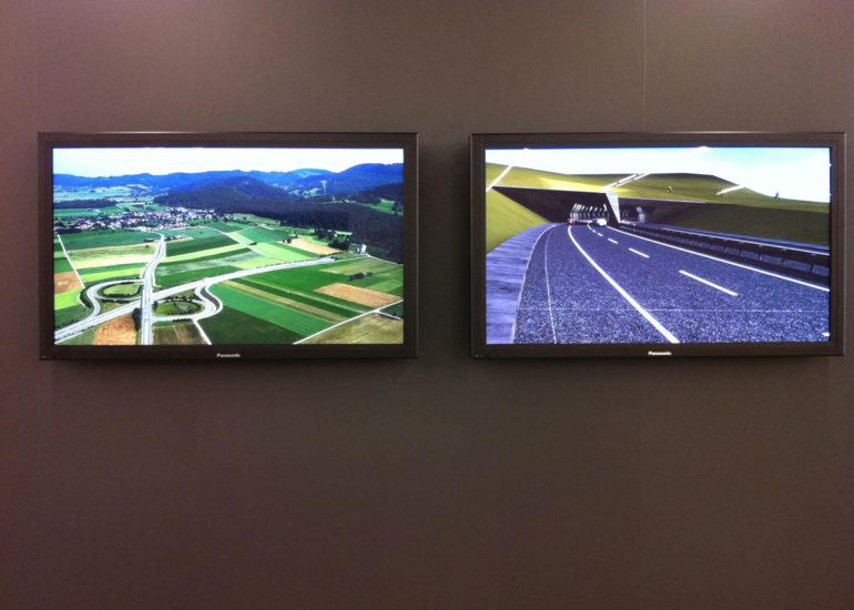 Exposition ETHZ GTA, écrans projettant des images et modèlisations 3D